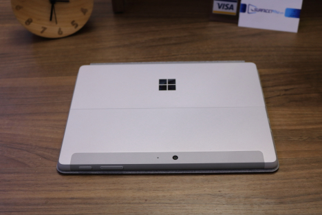 Surface Go (4415Y/4GB/64GB) + Type Cover 5