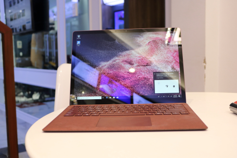 Surface Laptop ( i7/16GB/512GB ) 2