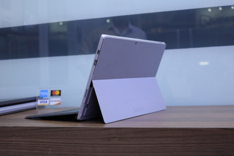 Surface Pro 3 ( i5/8GB/256GB ) + Type Cover 4