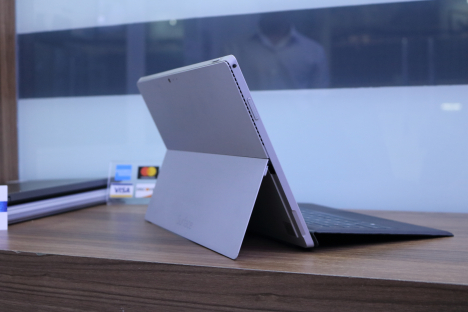 Surface Pro 3 ( i5/8GB/256GB ) + Type Cover 5