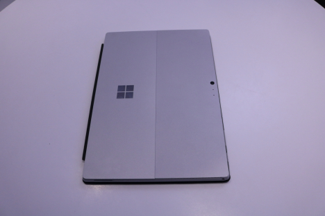 Surface Pro 4 ( i5/4GB/128GB ) + Type Cover 6