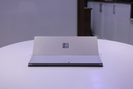 Surface Pro 6 ( i5/8GB/128GB ) + Type Cover 6