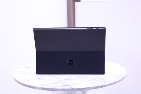 Surface Pro 6 ( i5/8GB/256GB ) + Type Cover 3