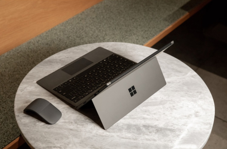 Surface Pro 7 | Core i7 / RAM 16GB / SSD 512GB 10
