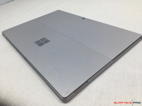 Surface Pro 6 ( i5/8GB/256GB ) + Type Cover 5