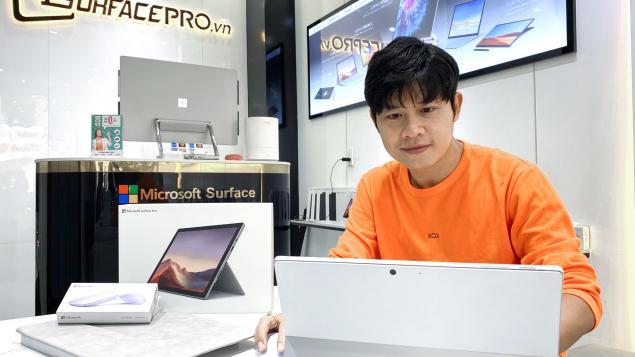 Surface Pro 7 - Lựa chọn của nhạc sĩ Nguyễn Văn Chung