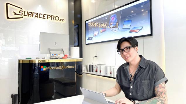 """Surface Pro 7 """"chất xúc tác"""" cho dự án mới của ca sĩ Lâm Chấn Khang"""