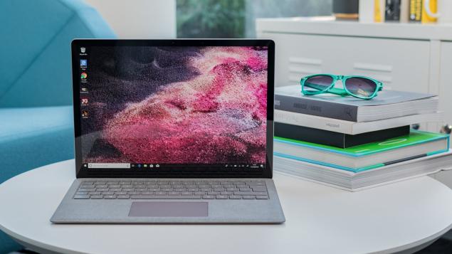 Những câu hỏi thường gặp khi mua Surface Laptop 2
