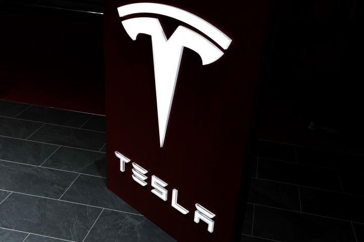 Elon Musk và bước đi táo bạo - Khai tử toàn bộ bộ phận PR của Tesla