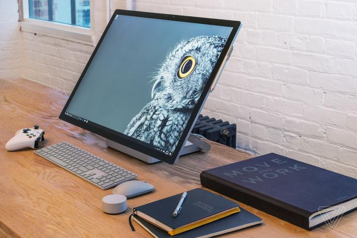 """Đánh giá Surface Studio: Những nhà sáng tạo sẽ """"yêu Studio ngay từ cái nhìn đầu tiên"""""""